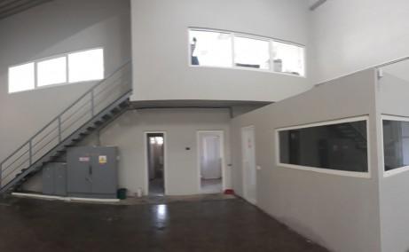 Hala moderna in Afumati spatiu depozitare Bucuresti nord est vedere spatiu interior