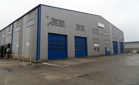 Triton Center inchiriere spatii industriale Bucuresti nord imagine acces spatiu si lateral stanga  acces auto