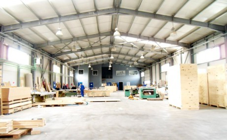 Hala MobVip inchiriere proprietati industriale Bucuresti est spatiu interior