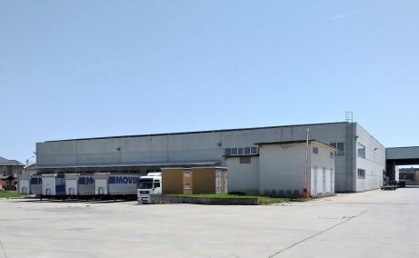 Hale arad inchiriere proprietati industriale Arad sud  platforma acces tir