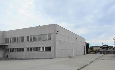 Hale arad inchiriere proprietati industriale Arad sud  vedere hala curte interioara