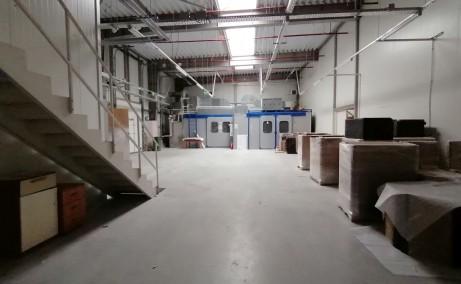 Hala productie de vanzare vanzare proprietati industriale Bucuresti sud vedere interior