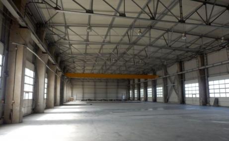 Mira Warehouse spatii depozitare sau productie de inchiriat Bucuresti vest, imagine usi acces hala